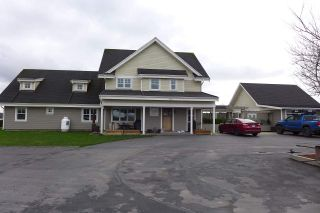 Photo 1: 3892 180 Street in Surrey: Serpentine House for sale (Cloverdale)  : MLS®# R2430266