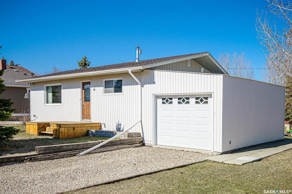 Main Photo: 207 Islay Street in Colonsay: Residential for sale : MLS®# SK851603