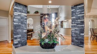 Photo 4: 462 BUTCHART Drive in Edmonton: Zone 14 House for sale : MLS®# E4249239