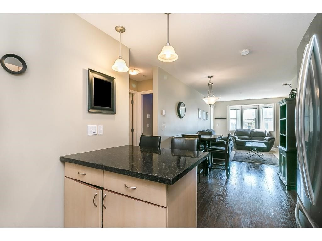 """Photo 9: Photos: 206 19774 56 Avenue in Langley: Langley City Condo for sale in """"Madison Station"""" : MLS®# R2582566"""