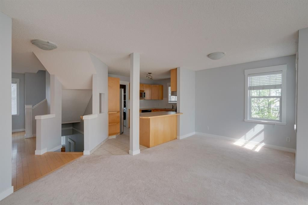 Photo 7: Photos: 3201 7171 Coach Hill Road SW in Calgary: Coach Hill Row/Townhouse for sale : MLS®# A1124017