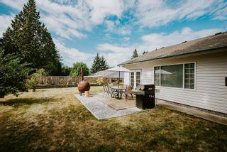 Photo 11: 5597 CURTIS Place in Sechelt: Sechelt District House for sale (Sunshine Coast)  : MLS®# R2617023