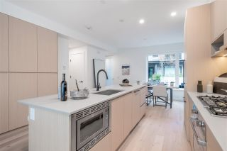 """Photo 7: TH49 528 E 2ND Street in North Vancouver: Lower Lonsdale Townhouse for sale in """"Founder Block South"""" : MLS®# R2543629"""