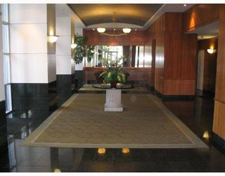 """Photo 2: 2103 438 SEYMOUR Street in Vancouver: Downtown VW Condo for sale in """"CONFERENCE PLAZA"""" (Vancouver West)  : MLS®# V813735"""