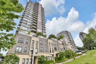 """Photo 1: 1204 125 COLUMBIA Street in New Westminster: Downtown NW Condo for sale in """"NORTHBANK"""" : MLS®# R2584652"""