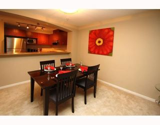 Photo 3: 404 9283 GOVERNMENT Street in Burnaby: Government Road Condo for sale (Burnaby North)  : MLS®# V805967