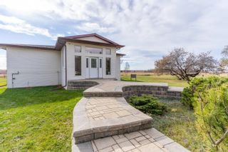 Photo 3: 54102 RRD 93: Rural Yellowhead House for sale : MLS®# E4266408