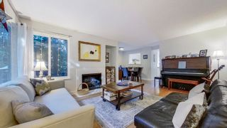 """Photo 5: 3805 GARDEN GROVE Drive in Burnaby: Greentree Village Townhouse for sale in """"Greentree Village"""" (Burnaby South)  : MLS®# R2620951"""