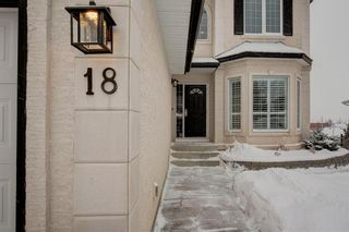 Photo 3: 18 Sienna Park Place SW in Calgary: Signal Hill Residential for sale : MLS®# A1066770