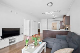 """Photo 3: 403 857 W 15TH Street in North Vancouver: Mosquito Creek Condo for sale in """"THE VUE"""" : MLS®# R2593462"""