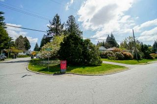 Photo 3: 11298 LANSDOWNE Drive in Surrey: Bolivar Heights House for sale (North Surrey)  : MLS®# R2589267