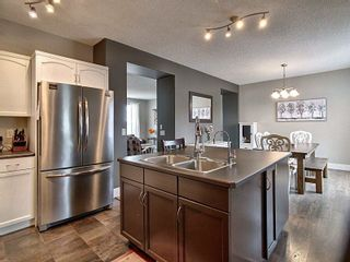 Photo 8: 311 Griesbach School Road in Edmonton: Zone 27 House for sale : MLS®# E4236512