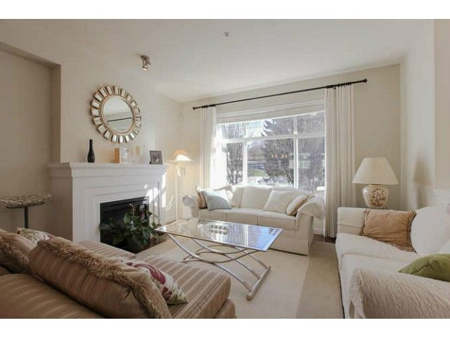 Main Photo: 691 PREMIER ST in North Vancouver: Lynnmour Condo for sale : MLS®# V1106662
