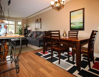 """Photo 5: 108 45893 CHESTERFIELD Avenue in Chilliwack: Chilliwack W Young-Well Condo for sale in """"The Willows"""" : MLS®# R2170192"""
