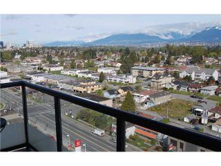 """Photo 8: 1902 7077 BERESFORD Street in Burnaby: Highgate Condo for sale in """"CITY CLUB"""" (Burnaby South)  : MLS®# V823875"""