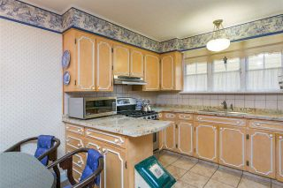 """Photo 6: 1697 E 22ND Avenue in Vancouver: Victoria VE House for sale in """"CEDAR COTTAGE"""" (Vancouver East)  : MLS®# R2150016"""
