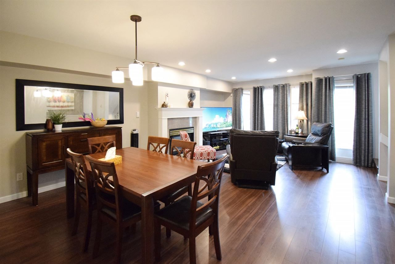 """Main Photo: 2 8111 GENERAL CURRIE Road in Richmond: Brighouse South Townhouse for sale in """"PARC VICTORY"""" : MLS®# R2404304"""