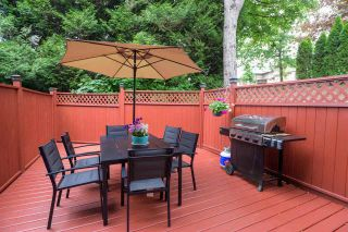 """Photo 8: 287 BALMORAL Place in Port Moody: North Shore Pt Moody Townhouse for sale in """"BALMORAL PLACE"""" : MLS®# R2378595"""
