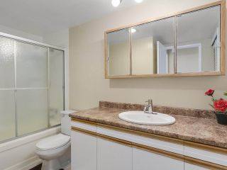 """Photo 14: 318 9101 HORNE Street in Burnaby: Government Road Condo for sale in """"Woodstone Place"""" (Burnaby North)  : MLS®# R2239730"""