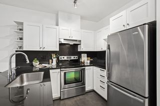 """Photo 8: 426 4550 FRASER Street in Vancouver: Fraser VE Condo for sale in """"Century"""" (Vancouver East)  : MLS®# R2429974"""