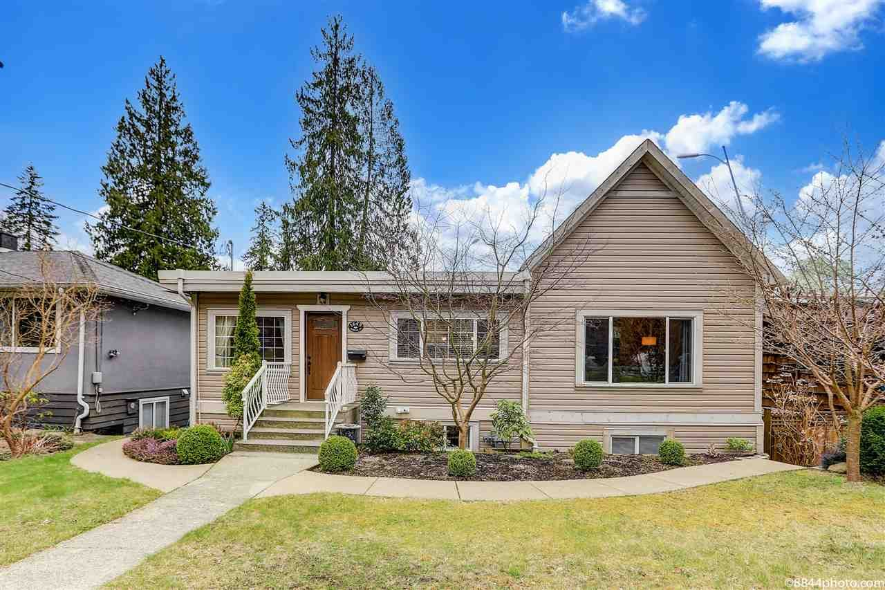 Main Photo: 1649 EVELYN Street in North Vancouver: Lynn Valley House for sale : MLS®# R2561467