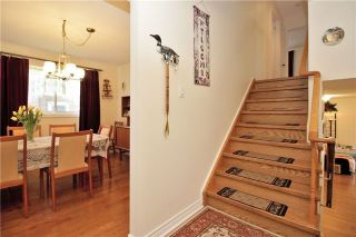 Photo 9: 3 Illingworth Court in Aurora: Aurora Heights House (Backsplit 4) for sale : MLS®# N3802187