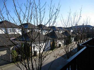 """Photo 12: 21 11060 BARNSTON VIEW Road in Pitt Meadows: South Meadows Townhouse for sale in """"COHO 1"""" : MLS®# V1035715"""