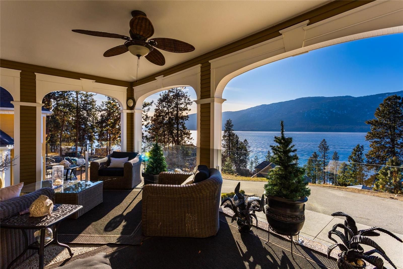 Main Photo: 10569 Okanagan Centre Road, W in Lake Country: House for sale : MLS®# 10230840