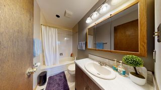 Photo 29: 10615 165 Avenue in Edmonton: Zone 27 House for sale : MLS®# E4247555