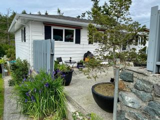 Photo 2: 522 Ker Ave in : SW Gorge House for sale (Saanich West)  : MLS®# 877020