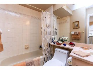 """Photo 17: 33 9168 FLEETWOOD Way in Surrey: Fleetwood Tynehead Townhouse for sale in """"The Fountains"""" : MLS®# F1414728"""