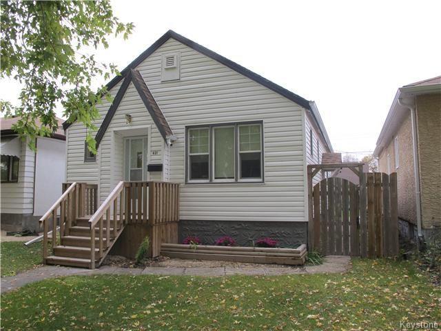 Photo 2: Photos:  in WINNIPEG: East Kildonan Residential for sale (North East Winnipeg)  : MLS®# 1527624