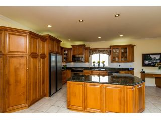 Photo 8: 5636 NELSON Avenue in Burnaby: Forest Glen BS House for sale (Burnaby South)  : MLS®# R2037578