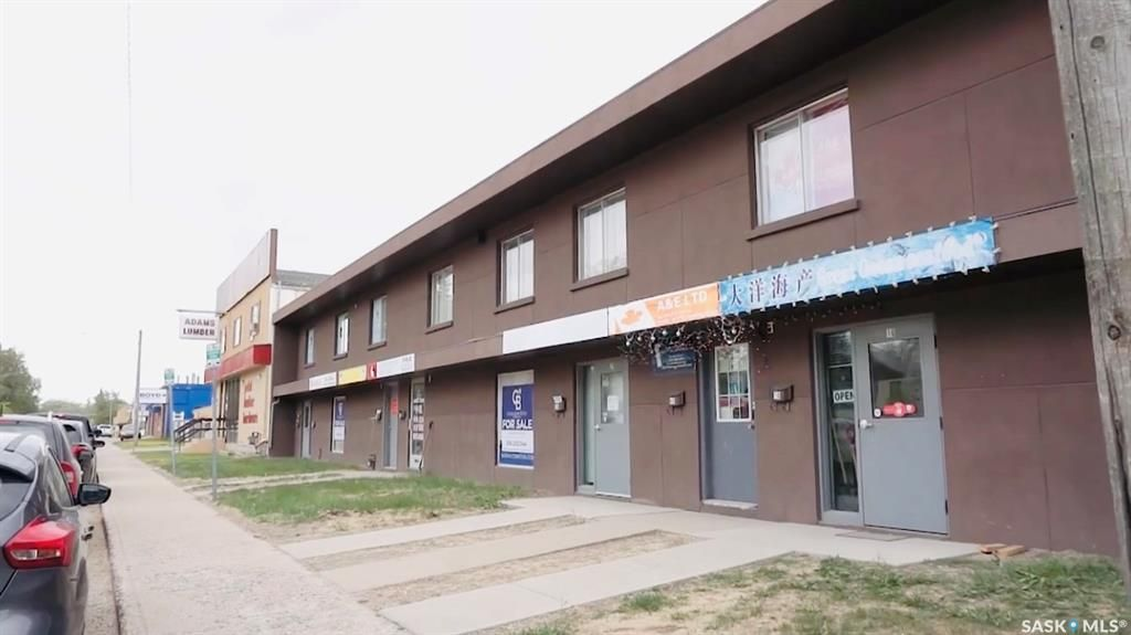 Main Photo: 20 1932 St. George Avenue in Saskatoon: Exhibition Commercial for sale : MLS®# SK855485