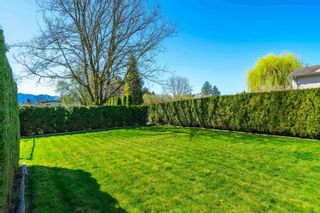 Photo 3: 46074 RIVERSIDE Drive in Chilliwack: Chilliwack N Yale-Well House for sale : MLS®# R2625709