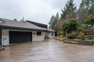 Photo 4: 2683 LOCARNO Court in Abbotsford: Abbotsford East House for sale : MLS®# R2568364