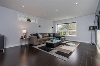 """Photo 7: 5844 ANGUS Place in Surrey: Cloverdale BC House for sale in """"Jersey Hills"""" (Cloverdale)  : MLS®# R2348924"""