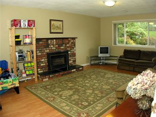 Photo 8: 5354 MEADEDALE DR in Burnaby: Parkcrest House for sale (Burnaby North)  : MLS®# V915356