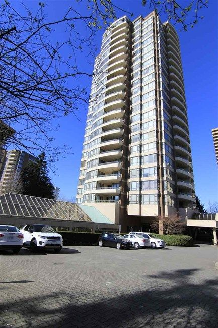 Main Photo: 801 5885 OLIVE AVENUE in Burnaby South: Home for sale : MLS®# R2050367