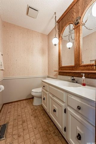 Photo 37: 143 Candle Crescent in Saskatoon: Lawson Heights Residential for sale : MLS®# SK868549