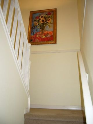 Photo 32: BEAUTIFULLY RENOVATED 3-BR TOWNHOUSE!