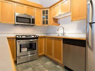 """Photo 6: PH4 380 W 10TH Avenue in Vancouver: Mount Pleasant VW Townhouse for sale in """"Turnbull's Watch"""" (Vancouver West)  : MLS®# V1053163"""