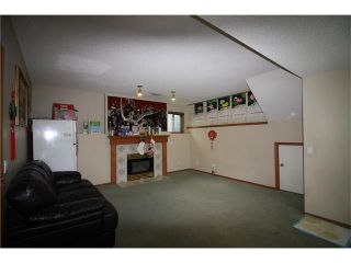 Photo 13: 228 ERIN MEADOW Close SE in Calgary: Erin Woods House for sale : MLS®# C4069091