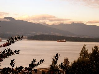 Photo 4:  in Vancouver West: Point Grey Home for sale ()  : MLS®# H2801410