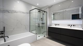 """Photo 15: 2501 620 CARDERO Street in Vancouver: Coal Harbour Condo for sale in """"Cardero"""" (Vancouver West)  : MLS®# R2532352"""