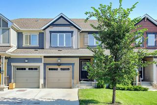 Photo 1: 216 Viewpointe Terrace: Chestermere Row/Townhouse for sale : MLS®# A1138107