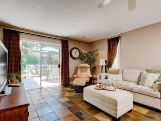 Photo 8: 1279 Knockan Dr in : SW Strawberry Vale House for sale (Saanich West)  : MLS®# 877596