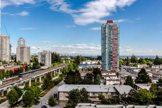 """Photo 9: 902 6461 TELFORD Avenue in Burnaby: Metrotown Condo for sale in """"METROPLACE"""" (Burnaby South)  : MLS®# R2064100"""