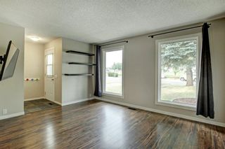 Photo 5: 92 Erin Croft Crescent SE in Calgary: Erin Woods Detached for sale : MLS®# A1136263