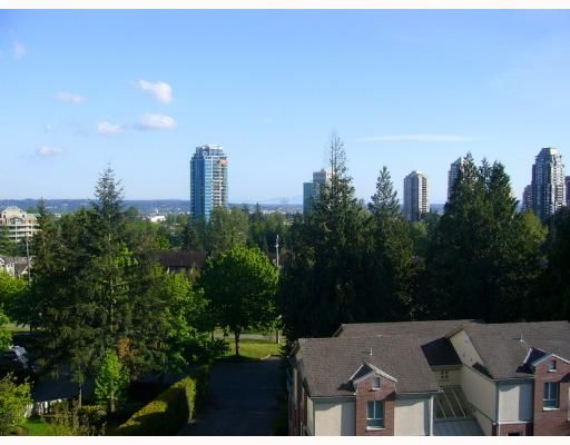 """Main Photo: 704 7077 BERESFORD Street in Burnaby: Middlegate BS Condo for sale in """"CITY CLUB IN THE PARK"""" (Burnaby South)  : MLS®# V647020"""